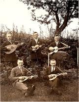 Mandolinengruppe im Jahre 1929 als Begründer des Quartettvereins